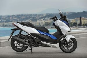 Honda-Forza125-YM15-007